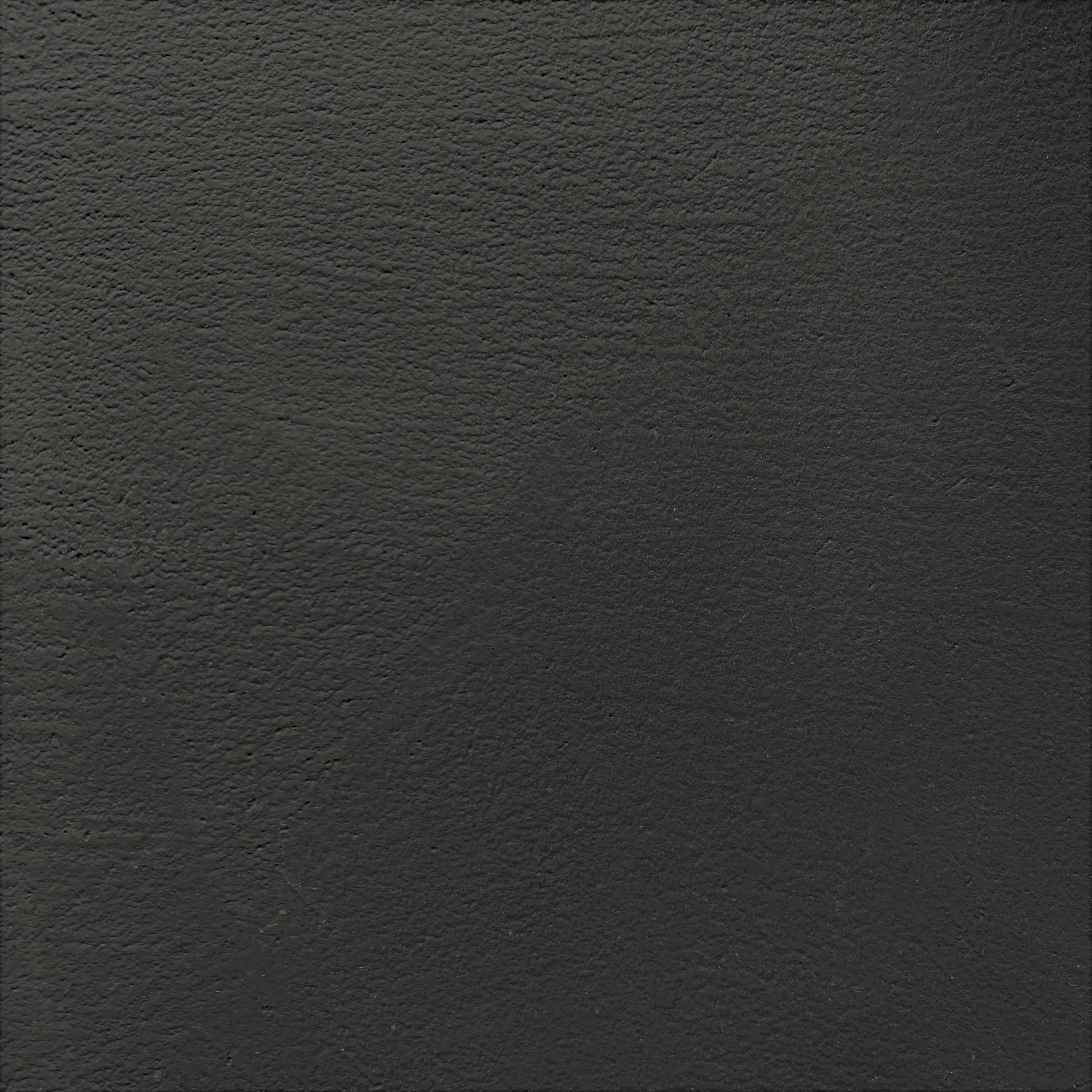 10-35 Steel Black